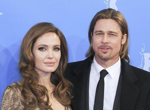 News video: Brad Pitt and Angelina Jolie Reach Out to Shia LaBeouf